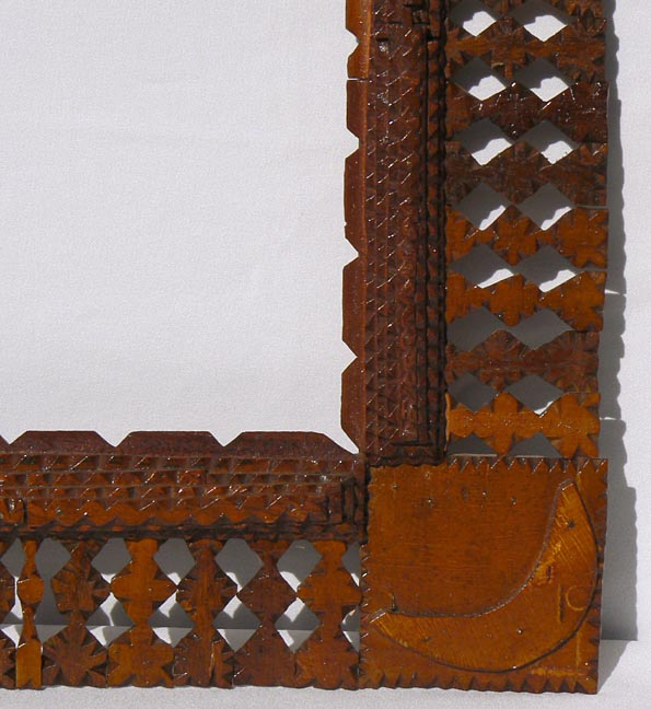 'Closeup, lower right' from the web at 'http://www.folkartisans.com/pages/../images10/twhr_cl2_big.jpg'
