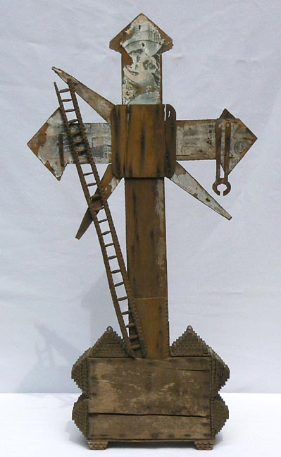 'Back view' from the web at 'http://www.folkartisans.com/pages/../images3/apak_back_big.jpg'